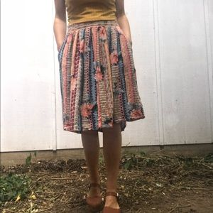 Dresses & Skirts - Vintage Floral Midi